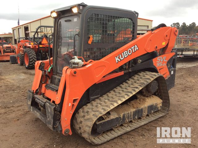 2018 Kubota SVL95-2S Compact Track Loader in Splendora, Texas