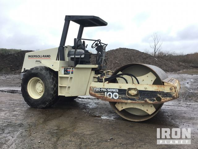 Ingersoll-Rand SD-100D Pro Pac Vibratory Single Drum Compactor in