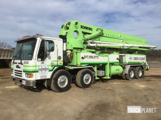 Schwing Concrete Pump on 2005 Freightliner Condor T/A Truck