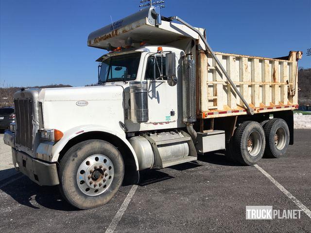1998 Peterbilt 379 T/A Dump Truck in Pittsburgh, Pennsylvania