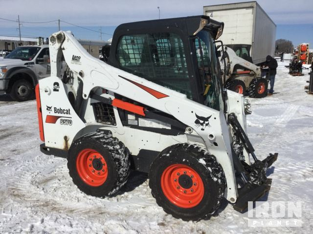 2017 Bobcat S570 Skid-Steer Loader in Shakopee, Minnesota