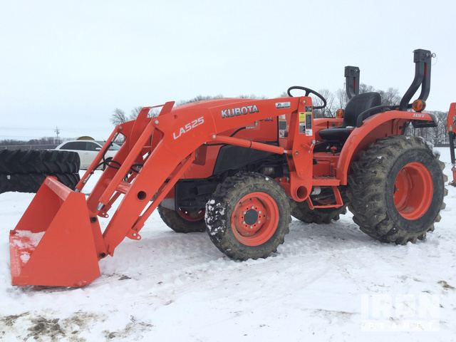 2015 Kubota L3901D 4WD Tractor in Greentown, Indiana, United