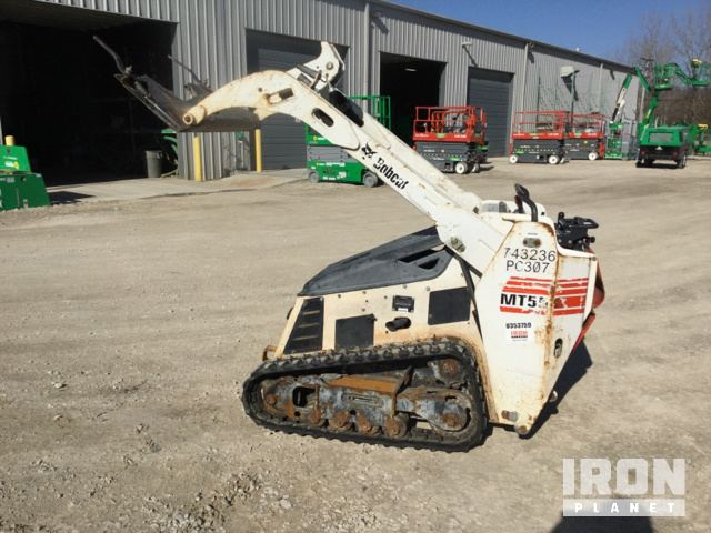 2015 Bobcat MT55 Compact Track Loader in St  Louis, Missouri