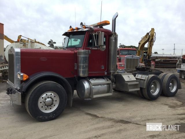 2001 Peterbilt 379 T/A Day Cab Truck Tractor in South San