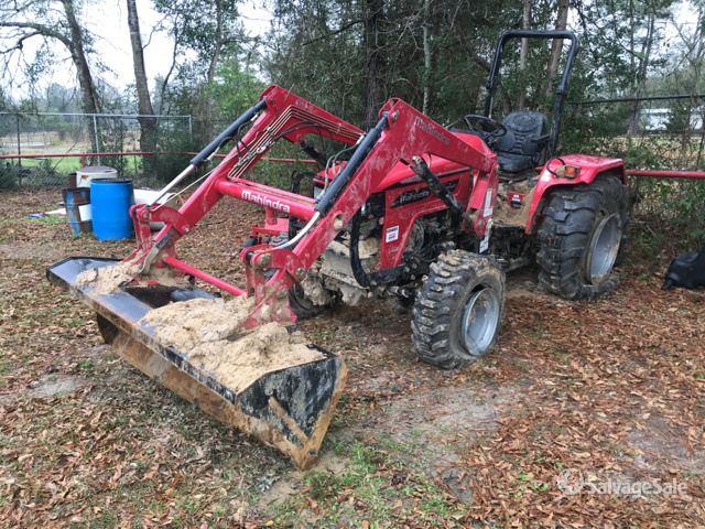 2016 (unverified) Mahindra 4540 4WD Tractor in Buna, Texas