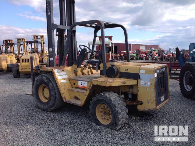 Noble R80 Rough Terrain Forklift in Tipton, California, United