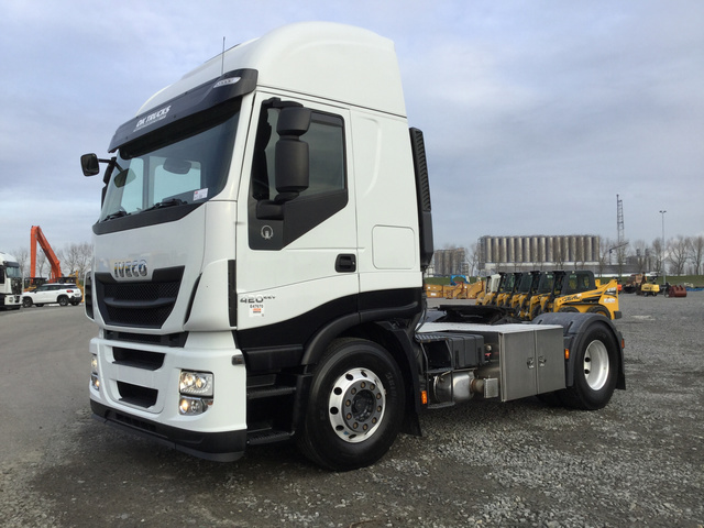 2f1f534001 2013 Iveco Stralis 420 4x2 Sleeper Truck Tractor