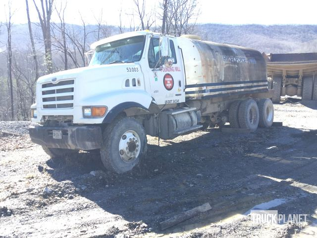 2000 Sterling L9500 T/A Water Truck in Princeton, West