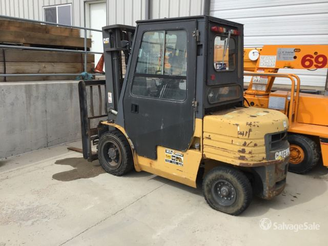 Cat GP30 Pneumatic Tire Forklift in Cheyenne, Wyoming