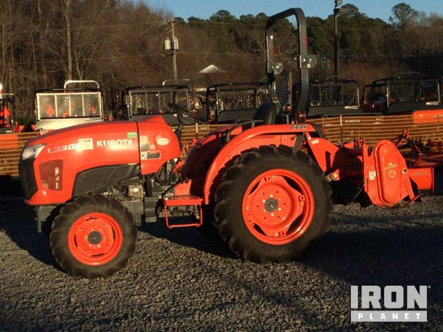 2015 Kubota L3301D 4WD Tractor in Hayes, Virginia, United