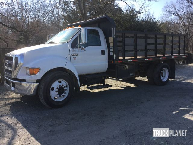 2005 Ford F-650 XLT Super Duty Flatbed Dump Truck in Upper Marlboro