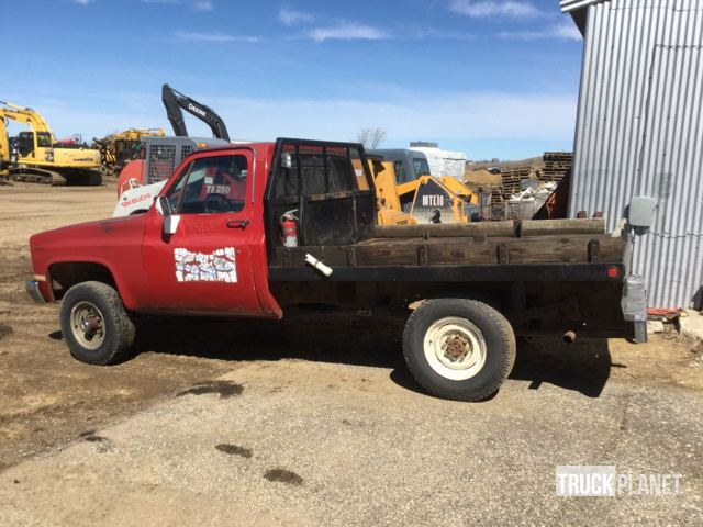 1986 Chevrolet K30 Flatbed Truck in Estelline, South Dakota, United
