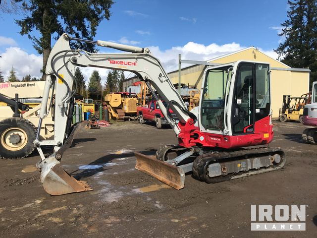 2014 Takeuchi TB260 Track Excavator in Tualatin, Oregon