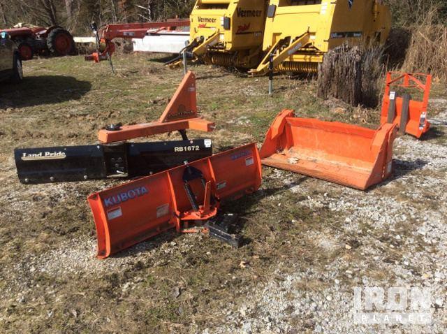 Lot of (4) Farm Tractor Attachments in Batesville, Arkansas