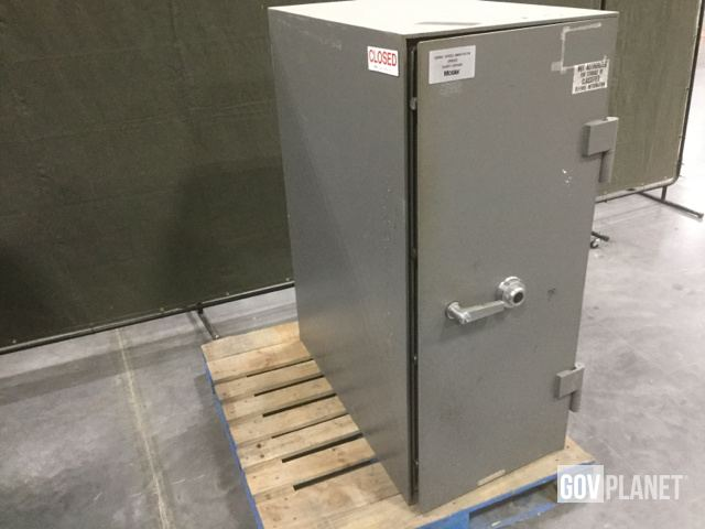 Surplus Mosler CL 5 MP Safe in Chambersburg, Pennsylvania