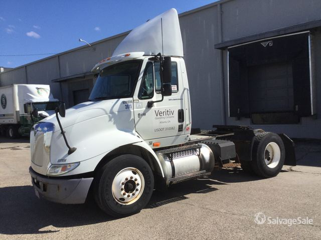 2006 International 8600 S/A Day Cab Truck Tractor in