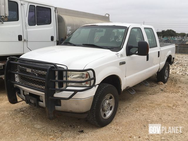 Surplus 2007 Ford F-250 XLT Super Duty 4x4 Crew Cab Pickup