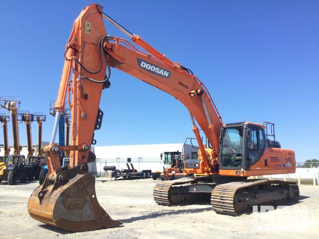 2013 Doosan DX350LC-3 Track Excavator in Memphis, Tennessee, United