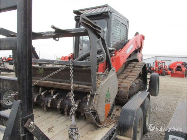 2014 Kubota SVL90-2 Compact Track Loader in Decatur, Texas, United
