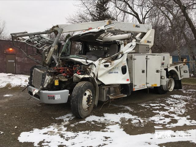 Altec AT40P Bucket On 2016 Freightliner M2 106 S A Bucket