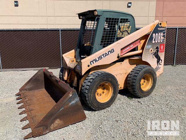 Mustang 2068 Skid-Steer Loader in Livermore, California, United