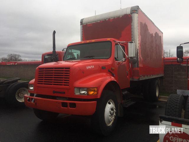 1997 International 4900 Cargo Truck