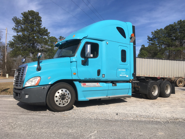 2012 Freightliner Cascadia 125 T/A