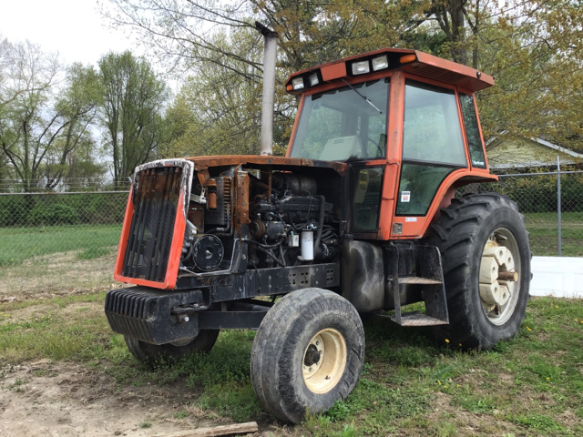 Allis Chalmers 2WD Tractor For Sale | IronPlanet
