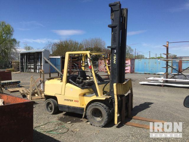 Hyster H100XM Pneumatic Tire Forklift in Yakima, Washington, United