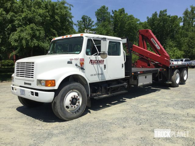 Dunbar Knuckle Boom On A 2002 International 4700 T A Truck