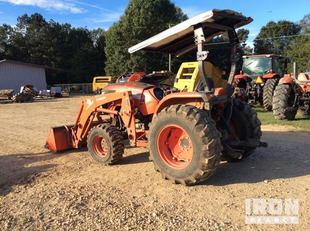 2014 Kubota MX5800D 4WD Tractor in Poplarville, Mississippi