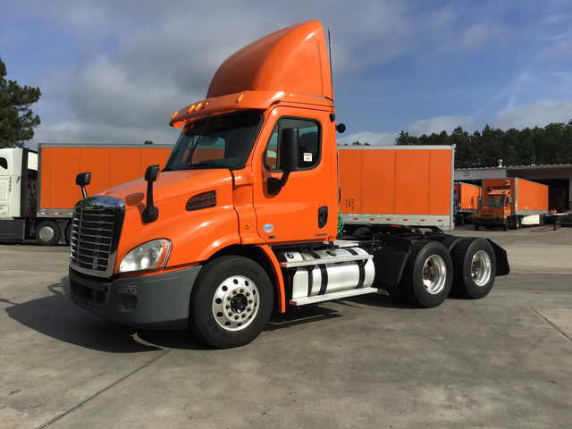 2012 Freightliner Cascadia 113 T/A Day