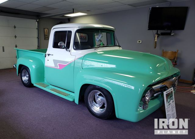 1956 Ford F100 Custom Show Pickup in Tulsa, Oklahoma, United
