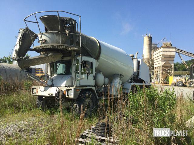 2006 (unverified) Terex Tri/A Mixer Truck