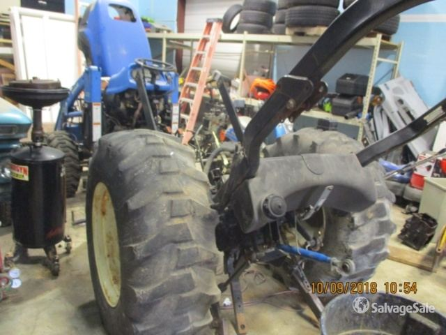 2002 New Holland TC40D 4WD Tractor in Salisbury, Maryland, United