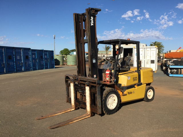 2010 Yale GLP50MH Pneumatic Tyre Forklift