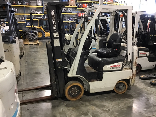 2014 Nissan CF35 Cushion Tire Forklift on