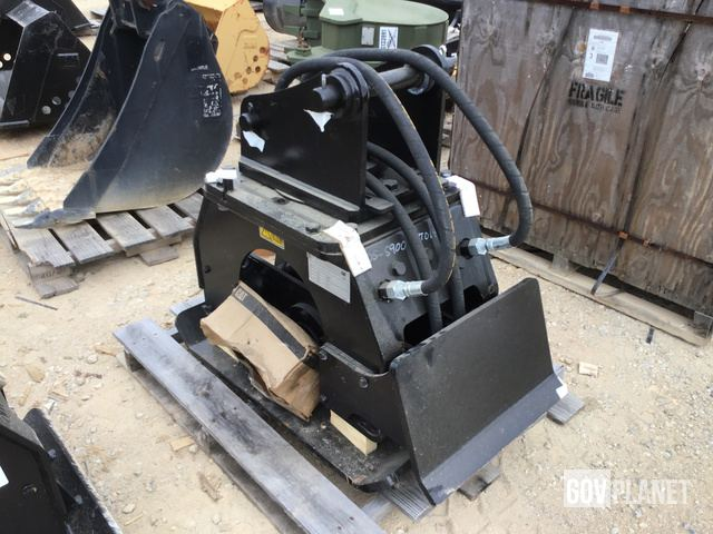 Surplus Cat CVP 40 Vibratory Plate Compactor Attachment in