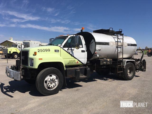 1998 GMC C7500 Asphalt Distributor Truck in Wichita, Kansas