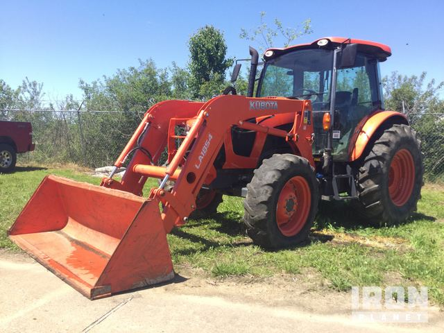 2015 Kubota M5-111D 4WD Tractor in Dyersburg, Tennessee