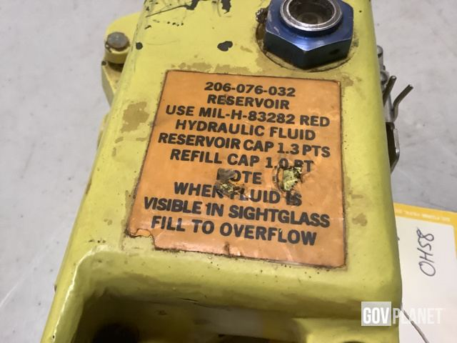 Surplus (4) Bell 206076032103 Hydraulic Reservoirs in North