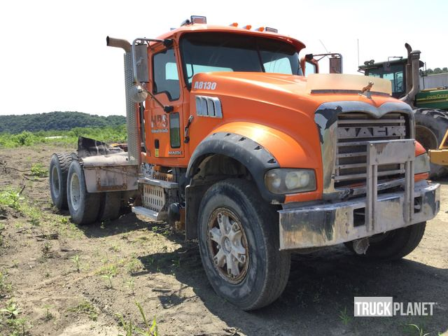 2010 Mack GU713 T/A Day Cab Truck Tractor in Manchester