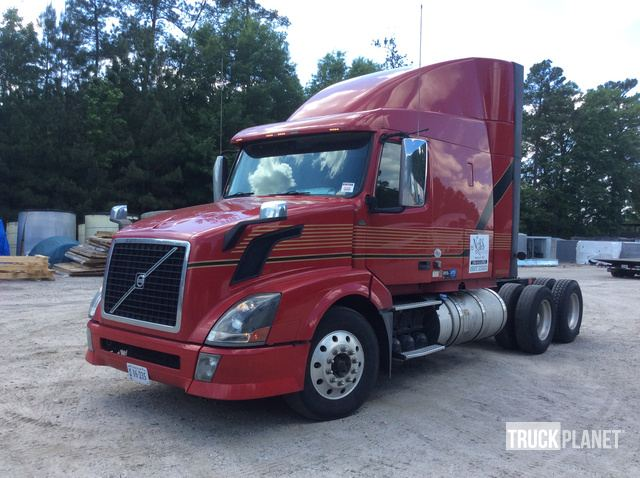 2012 Volvo VNL T/A Sleeper Truck Tractor in Richmond
