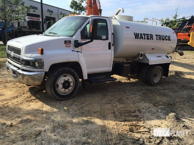 2005 Chevrolet C5500 S/A Water Truck in Garner, North Carolina