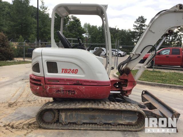 2015 Takeuchi TB240 Mini Excavator in Garner, North Carolina