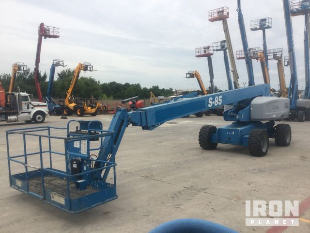 2010 Genie S-85 4WD Diesel Telescopic Boom Lift in Mesquite