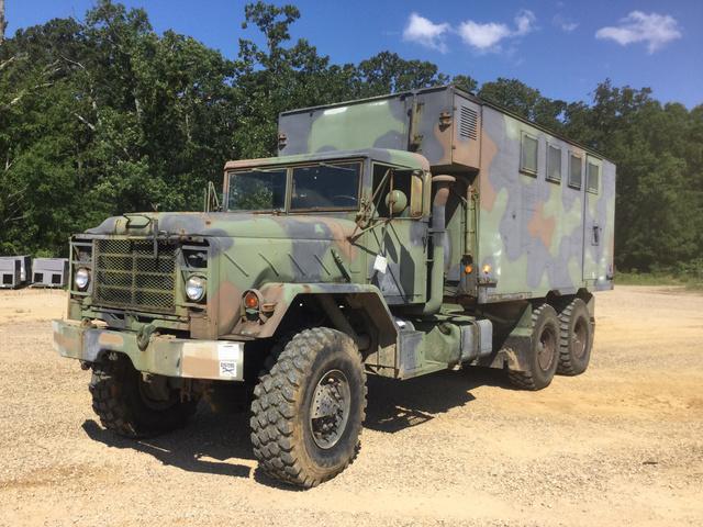 1992 BMY M934A2 5 Ton 6x6 Van Truck