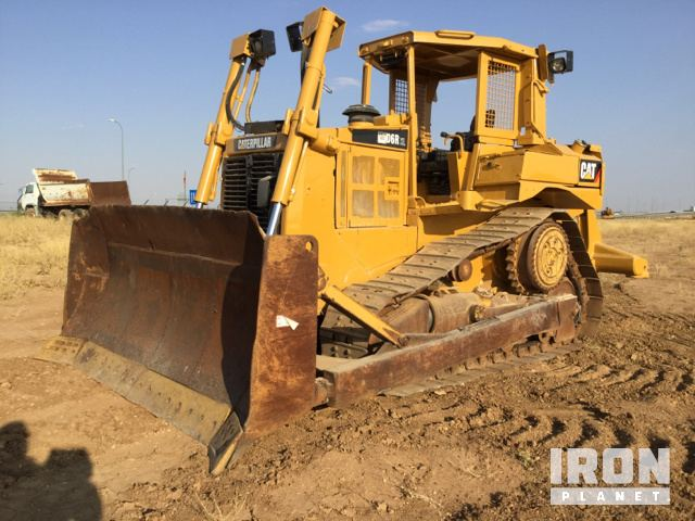 Caterpillar D6R Crawler Tractor Specs & Dimensions