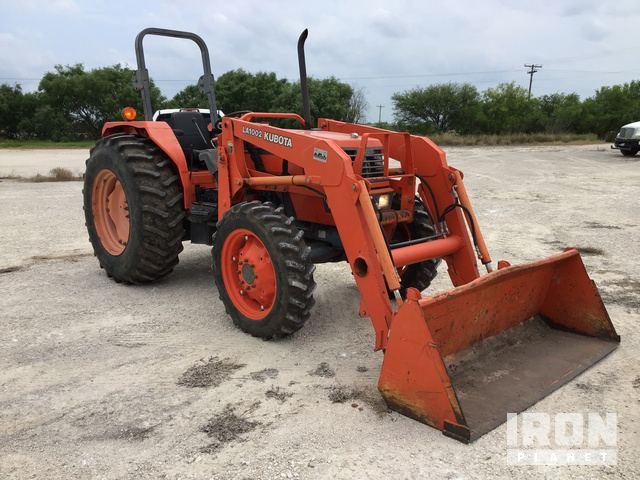 Kubota M6800 4WD Tractor in Pawnee, Texas, United States