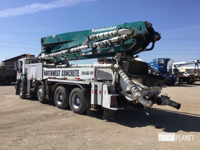 Putzmeister Concrete Pump on 1998 Mack MR688S Truck in ... on mack gu813 specifications, mack dm800, mack r600, mack b81, mack ms200, mack heavy haulers, mack dm600, mack mru613, mack b75, mack truck hauler, mack dump trucks, mack cv713, mack cxn613, mack cxn612, mack cv712, mack cs200, mack dmm, mack roll off trucks, mack ch613,